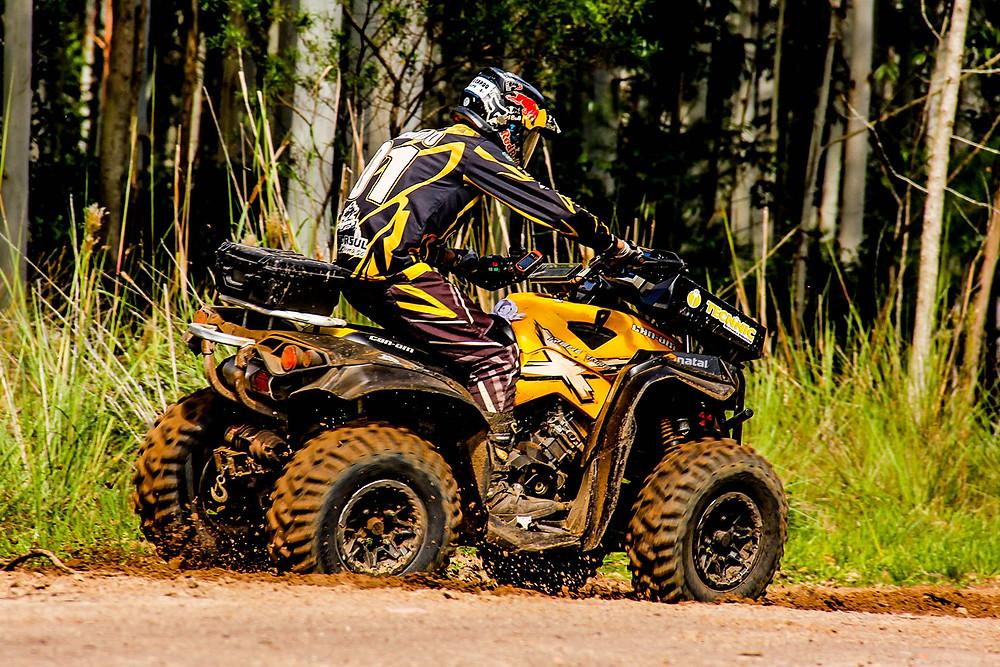 Competição reúne Carros 4x4, Quadriciclos e UTVs - Crédito: Aline Ben