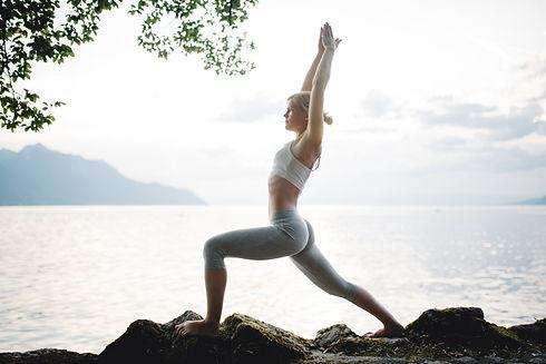Yoga Karine Chateau Chillon 6.jpg