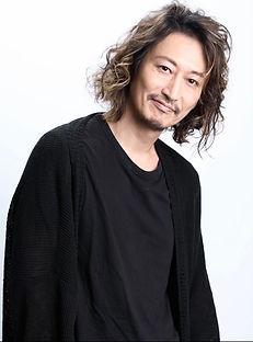 萩野さん宣材.jpg