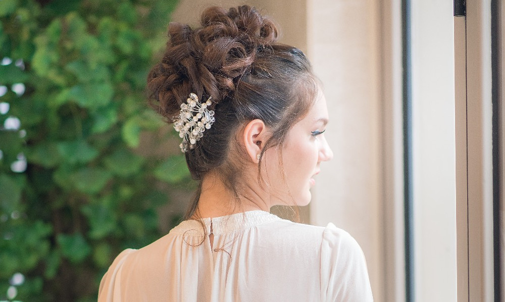 Bridal Hair Piece: Pearls and Beads