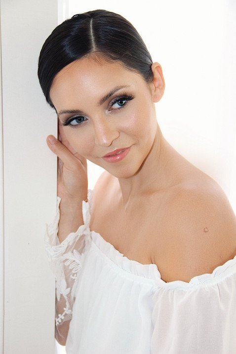 VENTURA COUNTY | BRIDAL HAIR AND MAKEUP ARTISTS | ON LOCATION GLAM