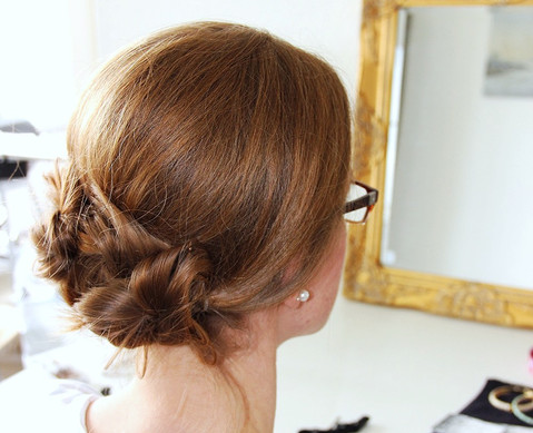 10 MINUTE UPDO LESSONS