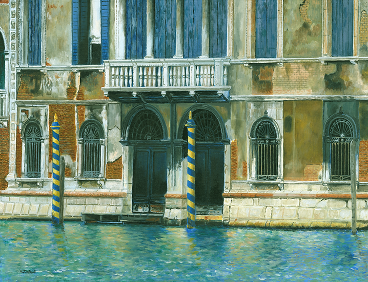 The Old Blue Shutters-Venice