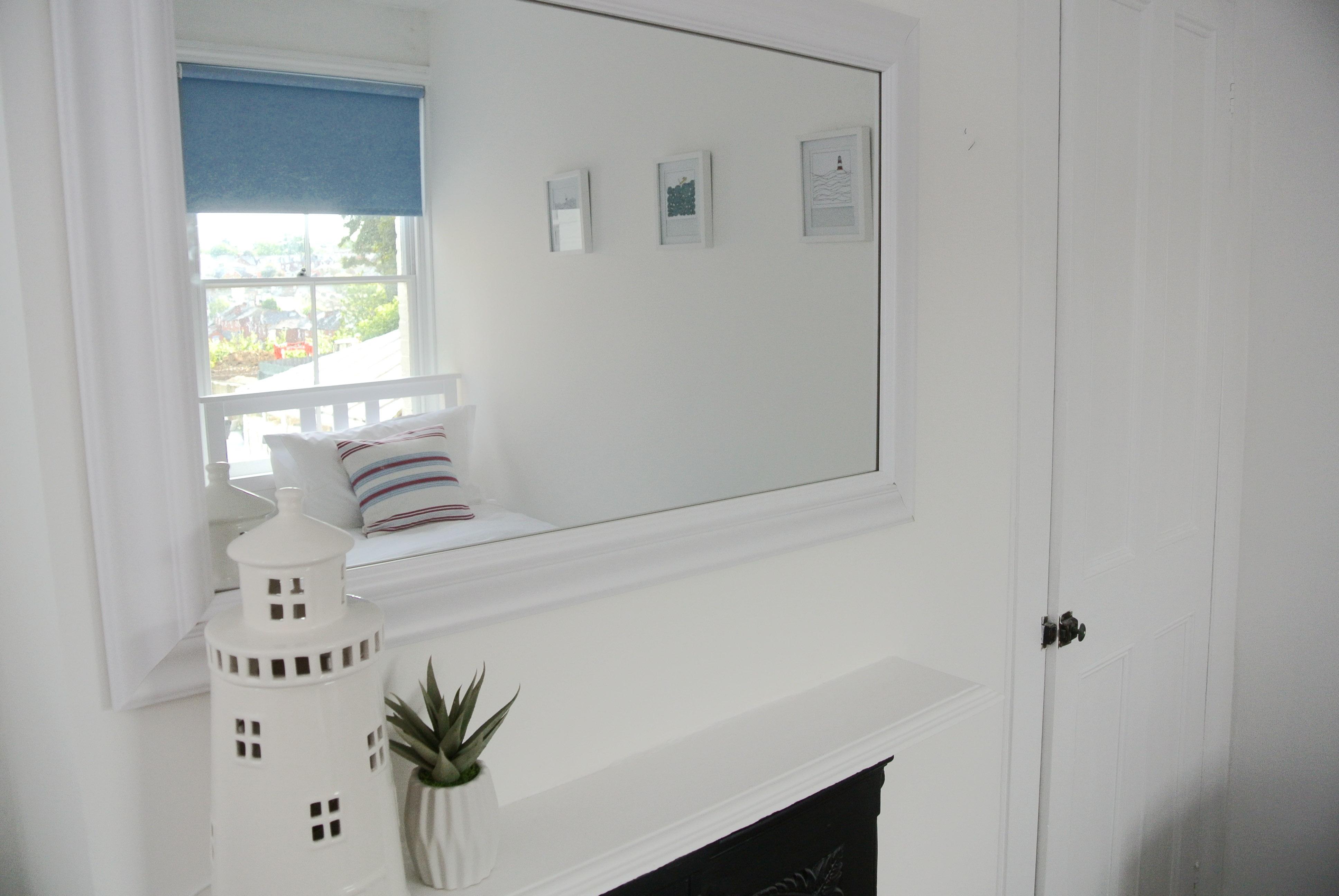 Jolly Boat mirror