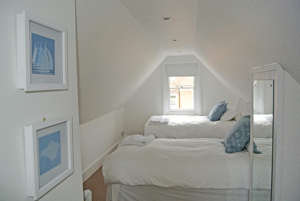 Art in Firefly House Javelin bedroom