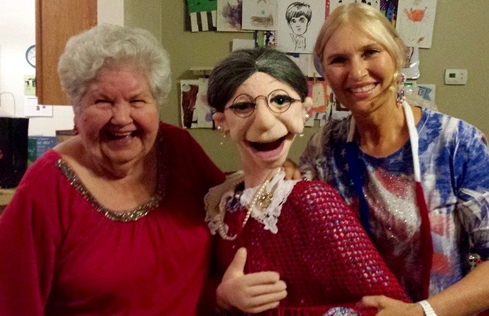 Jacki Manna ventriloquist and family entertainer