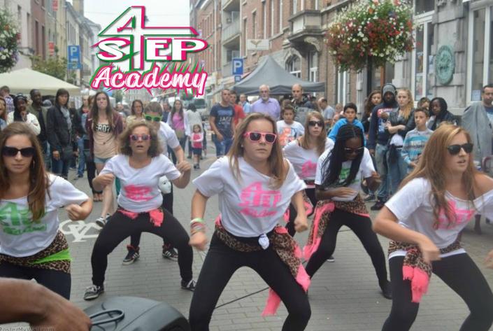 Street Show 4 Step Academy