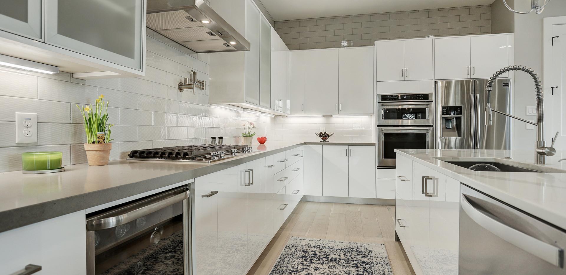 Cedarhurst Kitchen High Res.jpg