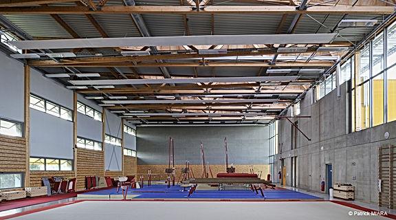 Etude environnement sport, complexe sportif, gymnase, tribune vestiaire, stade, tennis, escalade, skatepark, équipement sportif