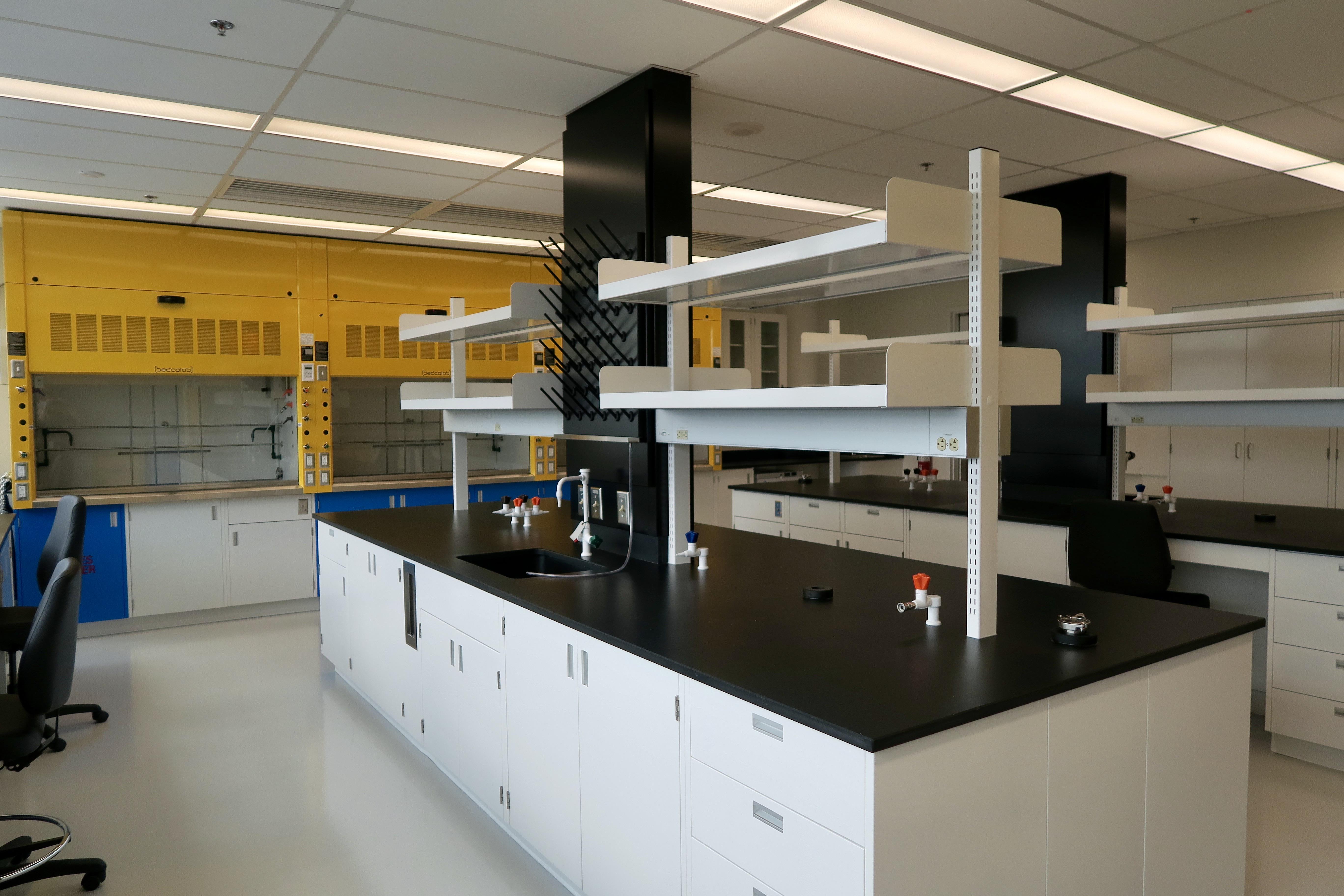 Laventure Lab