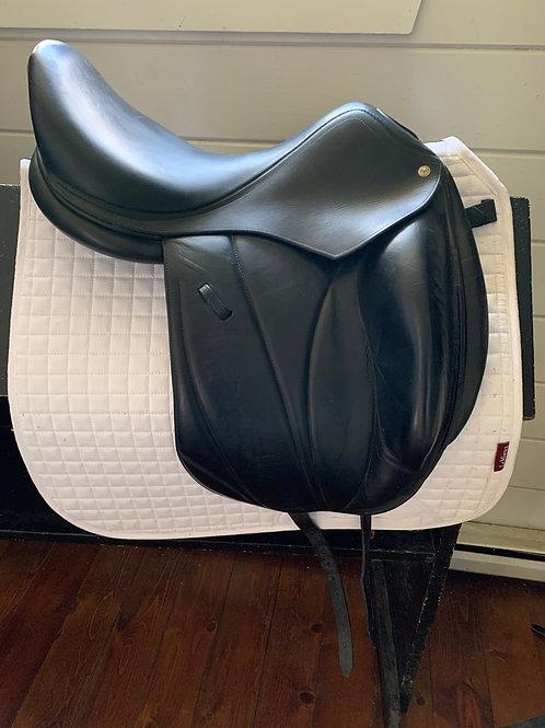 "Voltaire Adelaine Dressage Saddle, 17.5"" seat, black, medium tree"