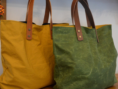 WAXED CANVAS HANDBAGS / ESSENTIAL GUIDE TO WAXED CANVAS