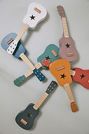 AW20-Guitars-E_1.jpeg