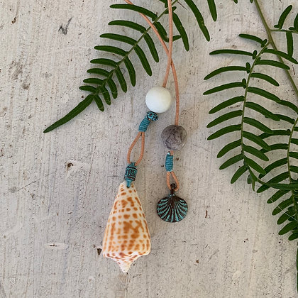 'Love Letter from the Sea' Lariat
