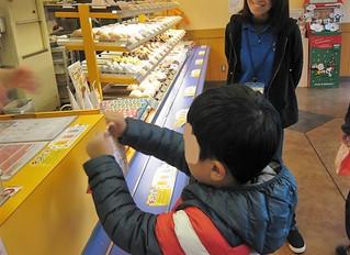 ミスタードーナツで買い物学習。