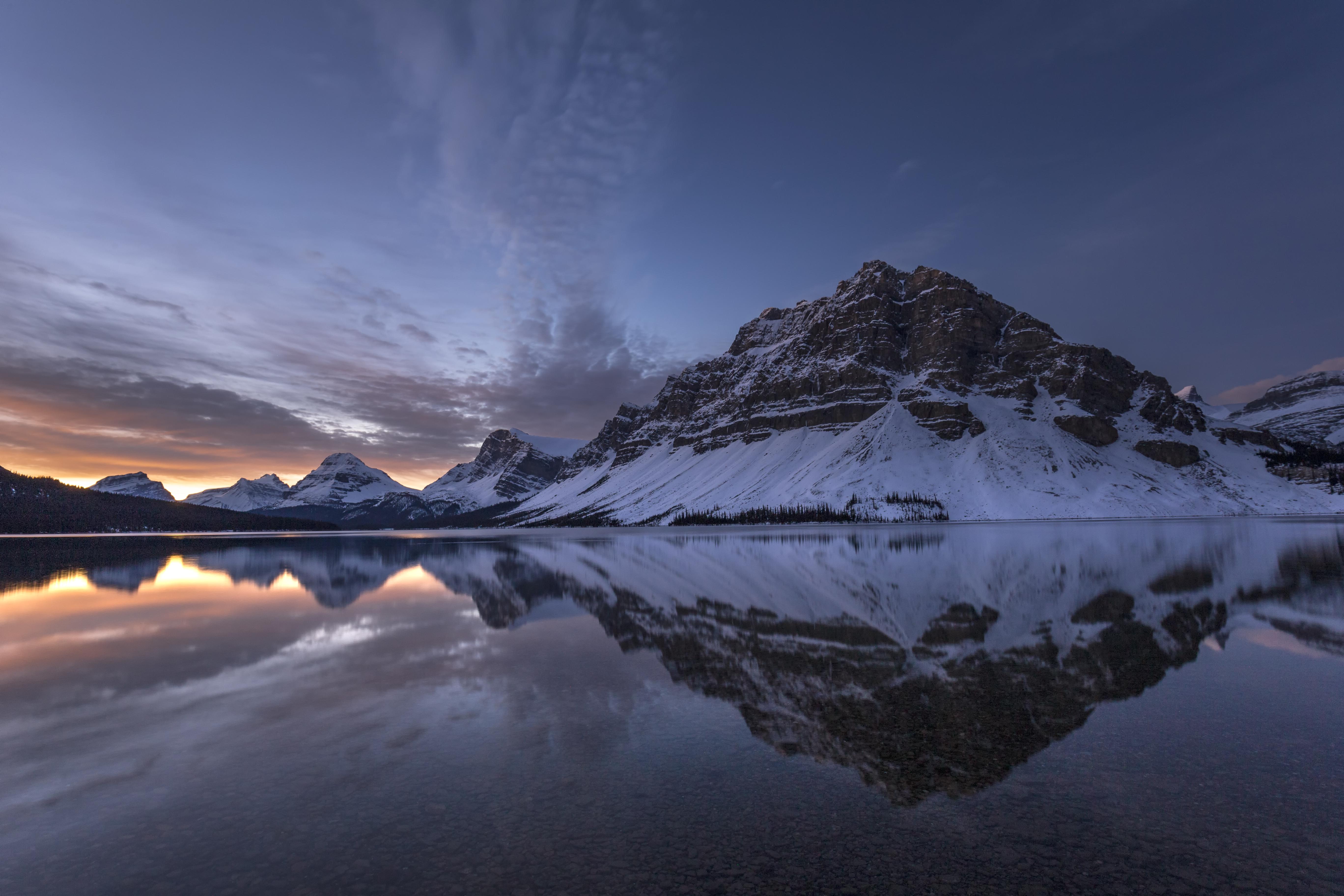 Bow Lake Fall sunrise