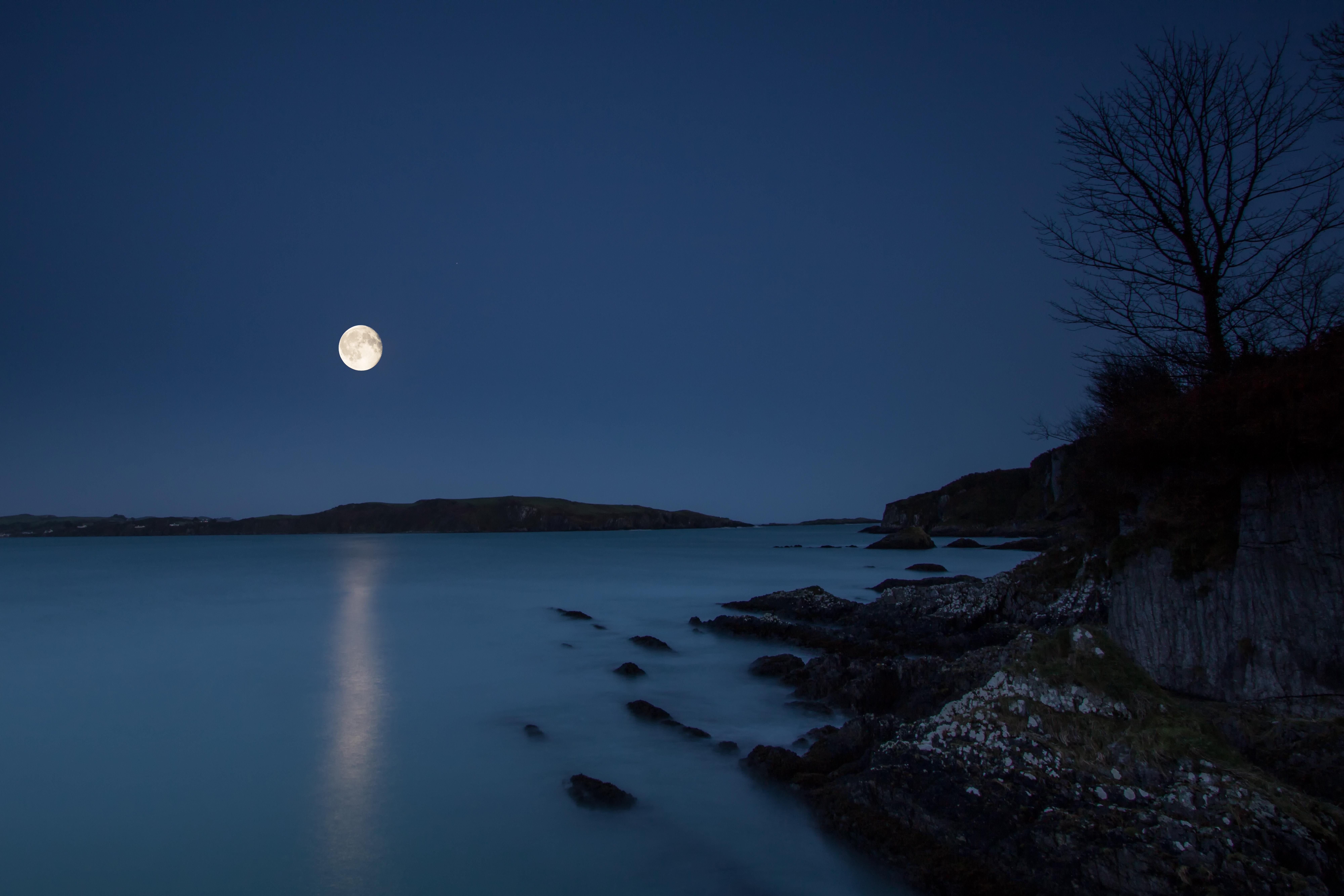 Castletownsend Moon