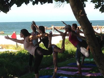 Yoga in Paradisde!