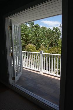 Seahorse Back Balcony