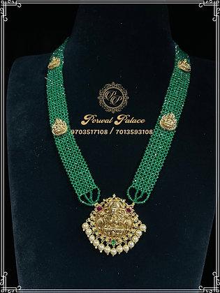 Emeralds Lakshmi Devi Long Haar . Wt-9 gms