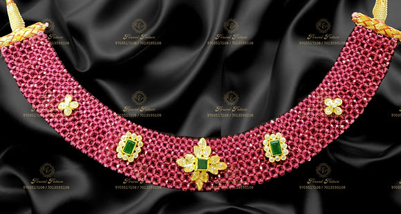 Beautiful Lightweight Ruby Swarovski Necklace - 5.100g