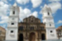 Katedrale in der Altstadt von Panama Stadt.