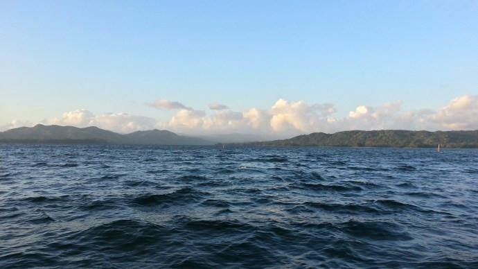 Der Alajuela(stau)see ist ca. 20 Km. lang und 5 Km. breit.