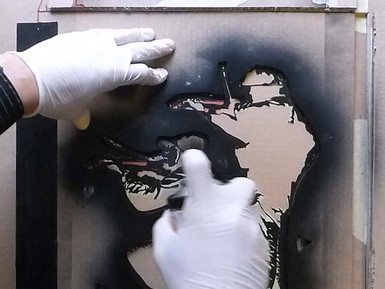 Stop the violins - Quick folding stencil