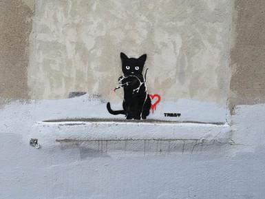TABBY Cat vs Banksy Rat – Street Heart