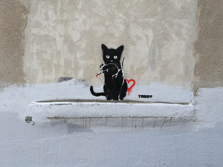 TABBY Cat vs Banksy Rat – Street Heart