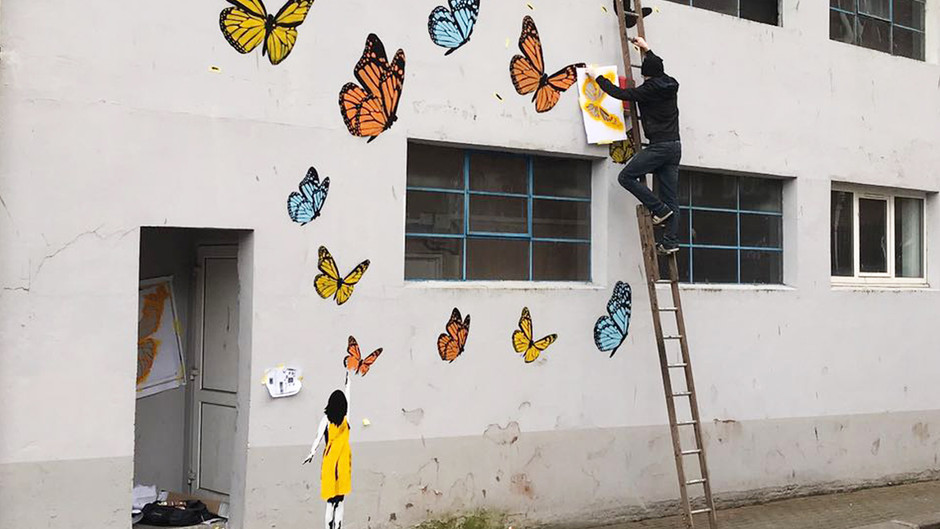 """Whatever can go wrong, will go wrong (History of """"Butterfly Girl"""")"""