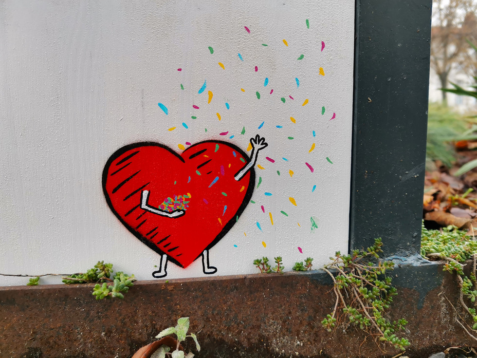 Heart confetti 55.jpg