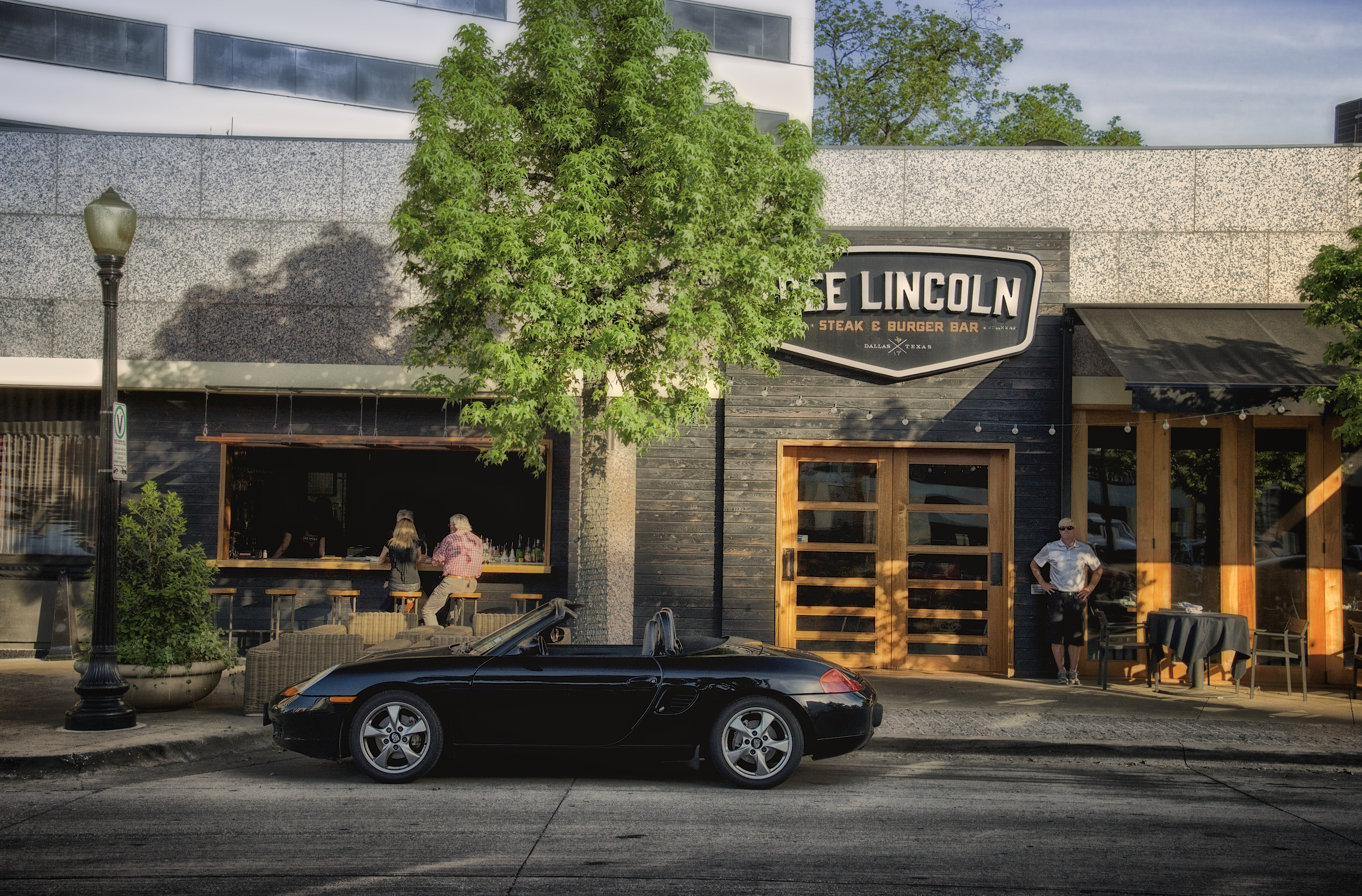 Dee Lincoln Steak _ Burger Bar - Quadrangle.jpg