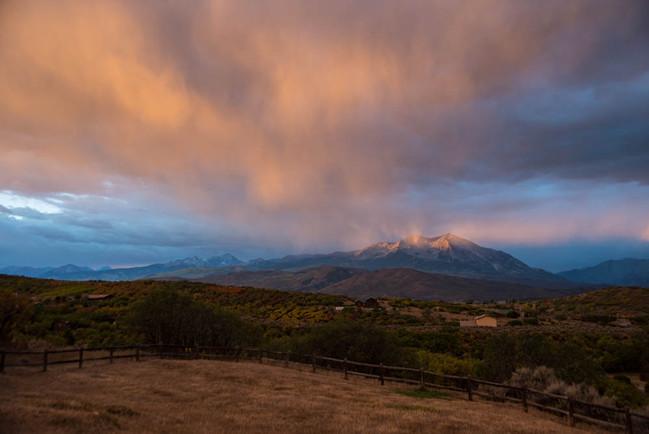 Pink sunrise on Mount Sopris