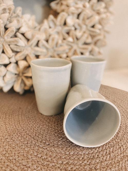 "Keramikbecher ""klein"" grau"