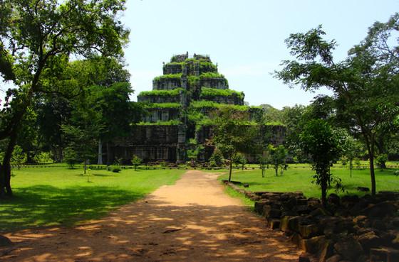 Beyond Angkor: Koh Ker
