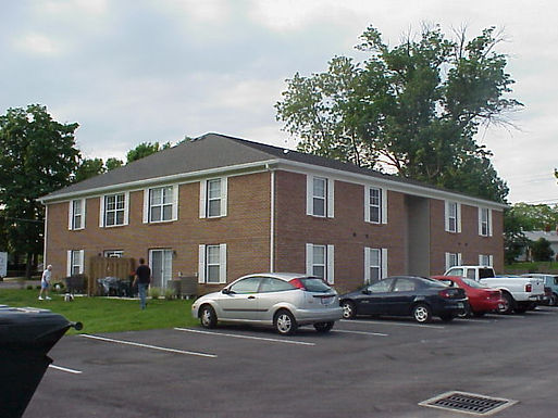 214 Brownsville Ave. unit 4