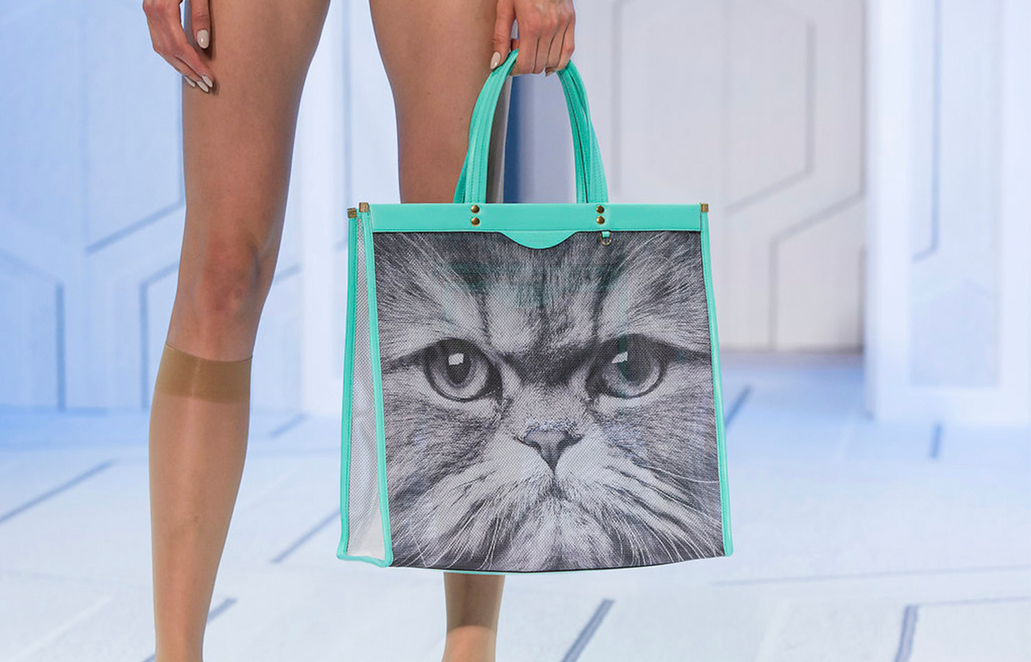 3_Bag Carousel_SS18-AnyaHindmarch_0021_S