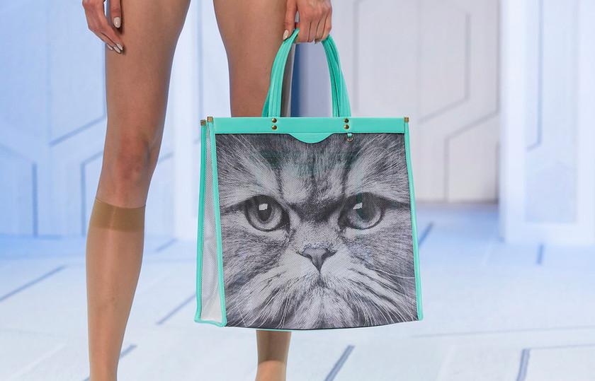 3_Bag Carousel_SS18-AnyaHindmarch_0021_S