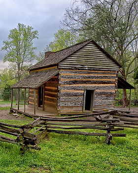 john-oliver-cabin-gwen-cross (1).jpg