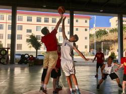 Jump_Ball_in_Mangshe