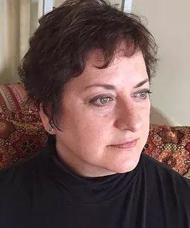 Lili G. Carroll