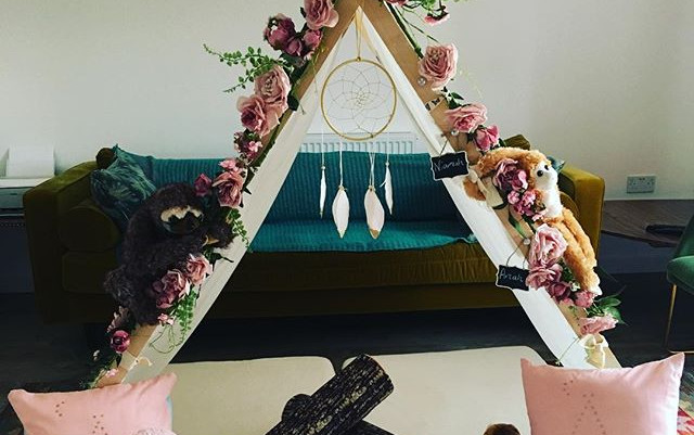 A Girly Bestie Jungle campout for two de