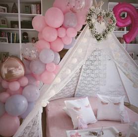 Balloonwhitedouble.jpg