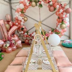 Picnic Table & Balloons