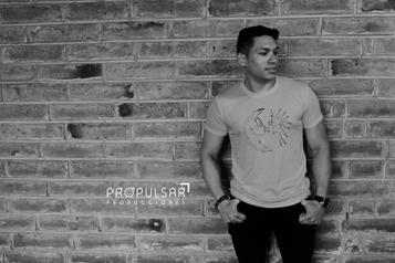 Modelo Junior  Lugar InkaBurger @inkaburgerec Fotógrafo SRB Studio @srbstudio
