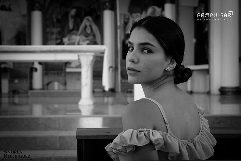 Modelo_Nicole__Lugar__Catedral_de_Montec