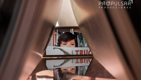 Modelo Eduardo  Lugar domicilio, Fotógrafa Hanz Martínez