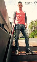 Modelo Santiago Lugar CCQ Diseñador La Armadura @larmadura Fotógrafa Maru
