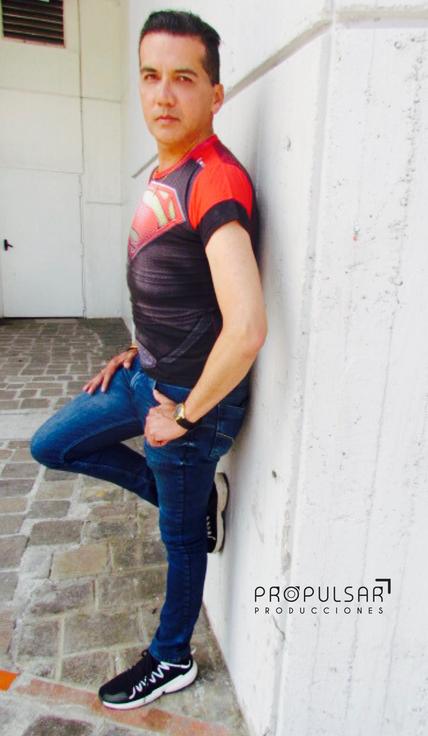 Modelo Edwin Lugar CCE Diseñador La Armadura @larmadura Fotógrafa Maru